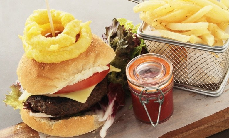 Serving sizes - gourmet burger plated meal